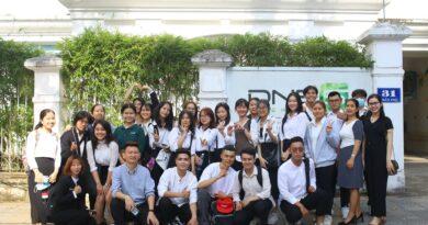 [Field trip] Chuyến tham quan Vườn ươm Doanh nghiệp Đà Nẵng (DNES): Cảm hứng cho môn học DESIGN THINKING